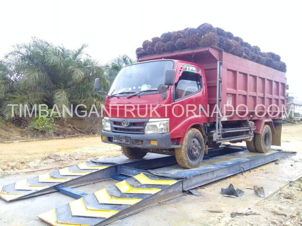 Klien timbangan truk tornado - PT. Umaq Tukung Mandiri Utama (1)