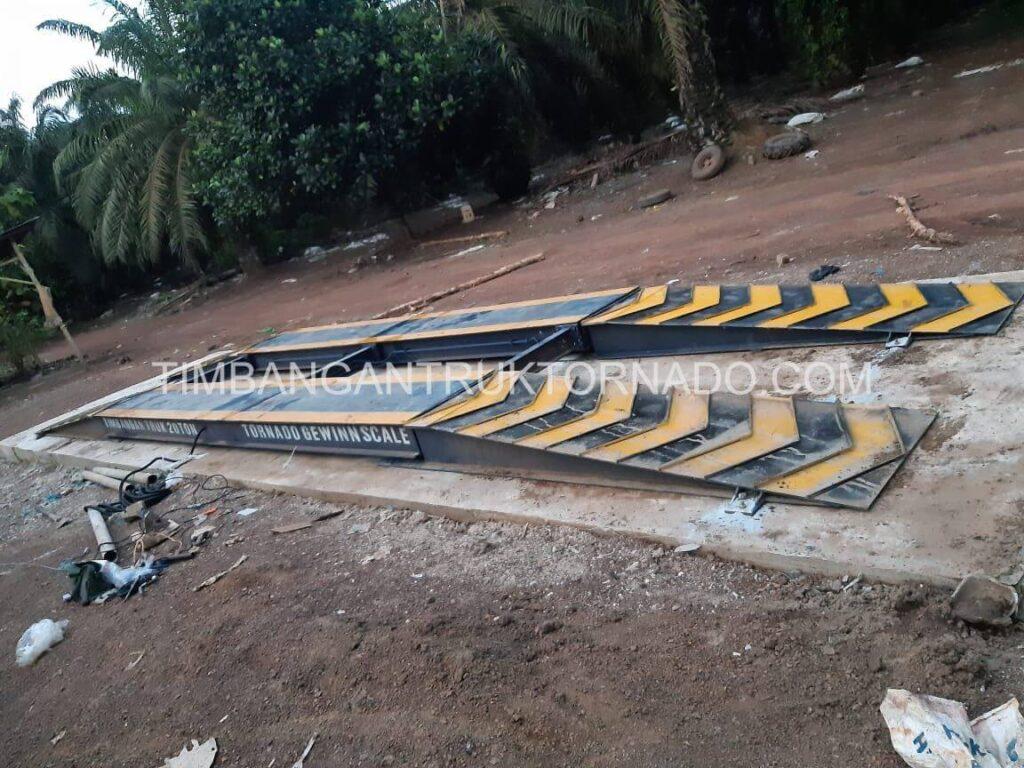 Timbangan Truk Tornado di Koperasi Permata Mulya (1)
