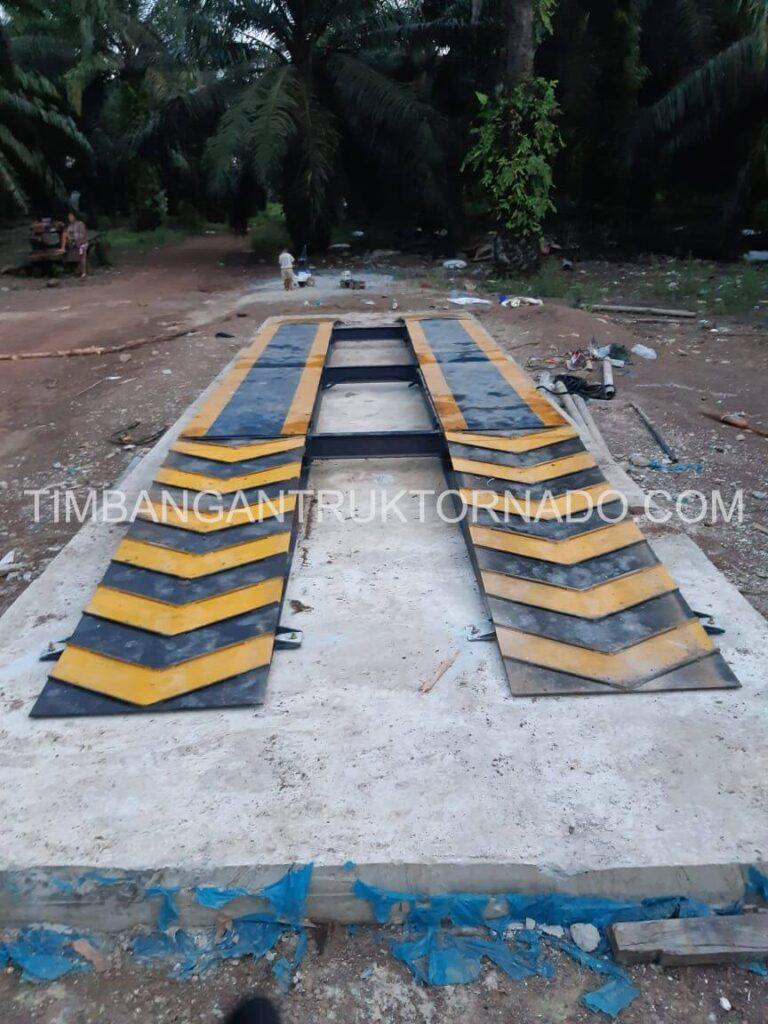 Timbangan Truk Tornado di Koperasi Permata Mulya (8)