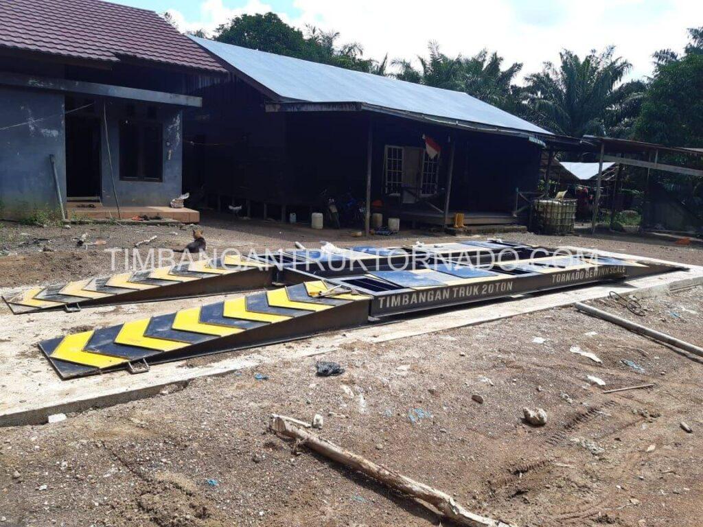 Timbangan Truk Tornado di Koperasi Permata Mulya (9)