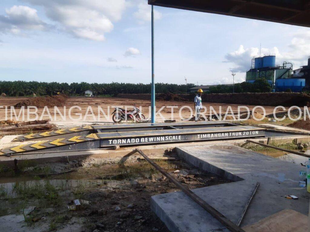 Timbangan Truk Tornado di PT. Gawi Bandep (4)
