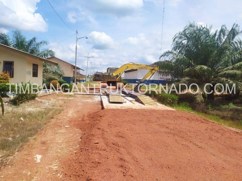 Timbangan Truk Tornado di PT. Prasetya Mitra Muda (2)